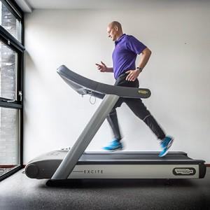 Fysiotherapie-Smith-Hardlooptraining